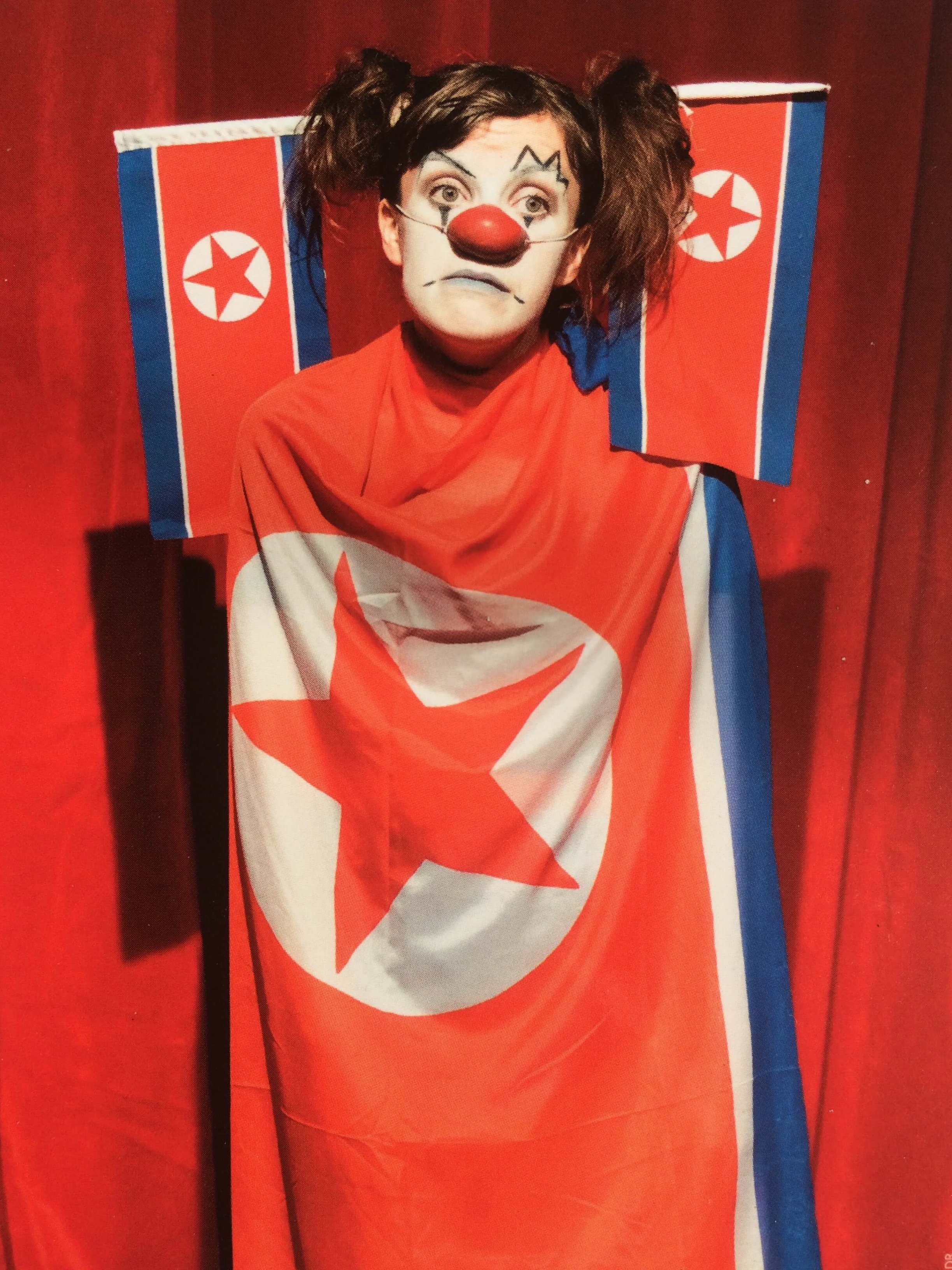 """Les Clownesses #25 jouent """"Bienvenue en Corée du Nord, spectacle à la férocité enjouée"""